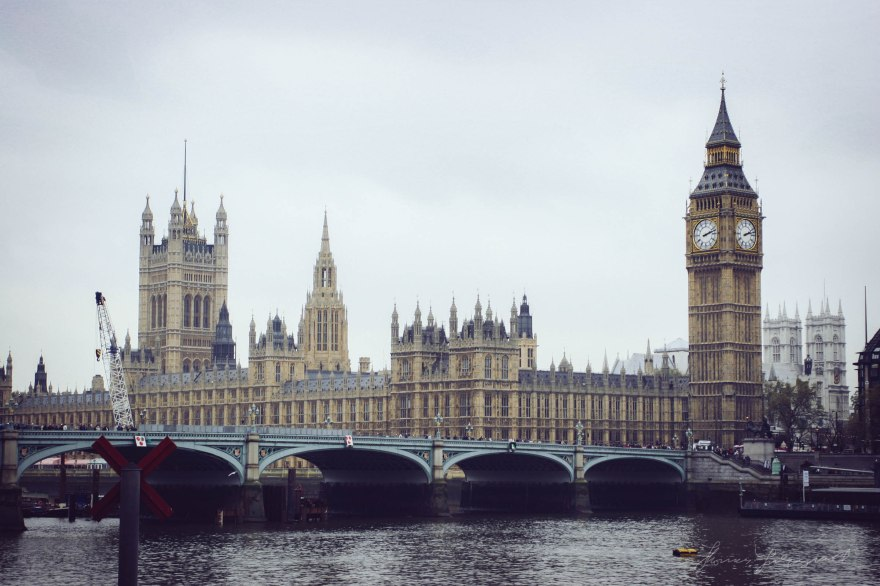 Houses of Parliment in London and Big Ben
